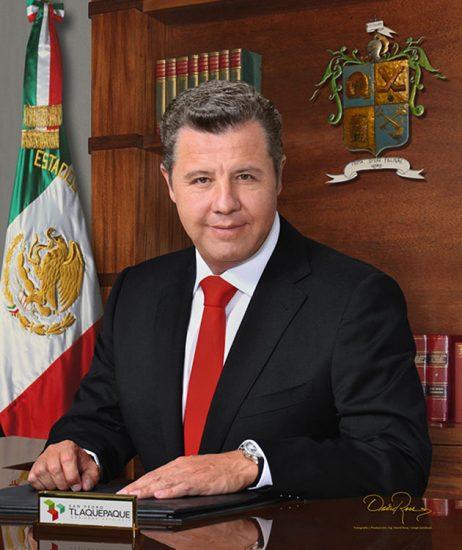 Alfredo Barba Mariscal - Presidente Municipal de Tlaquepaque 2012-2015 - David Ross - Fotógrafo de Presidentes Municipales