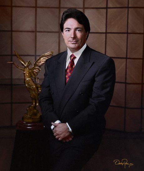 Angel Rodríguez - Dir. del Banco Banpaís - David Ross - Fotógrafo de Empresarios