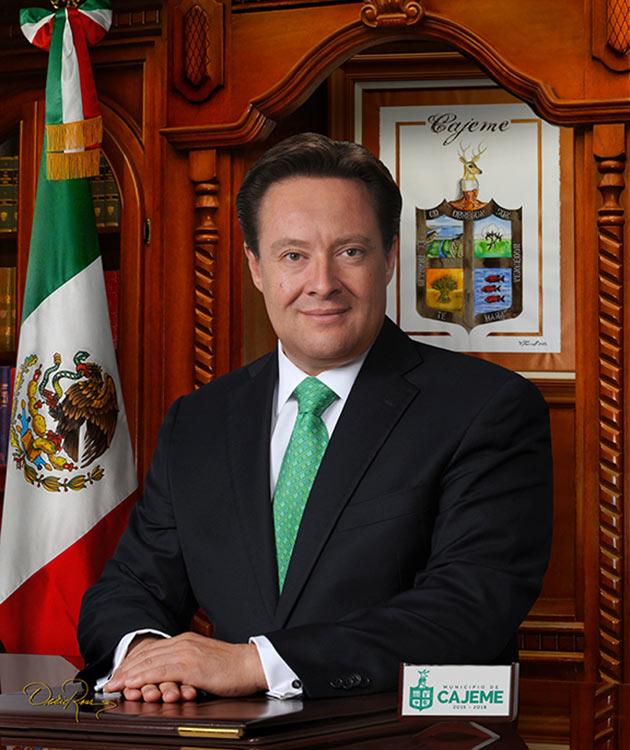 Faustino Félix Chávez - Presidente Municipal de Cajeme Sonora 2015-2018 - David Ross - Fotógrafo de Presidentes Municipales