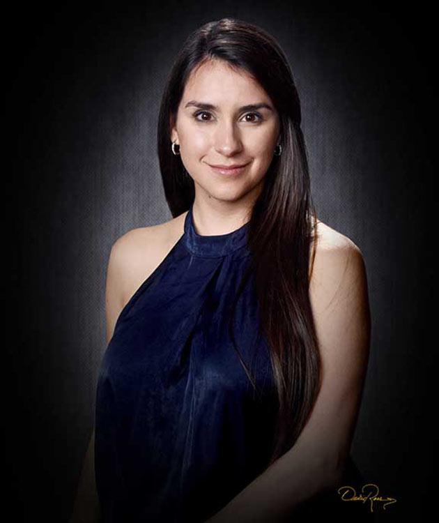Gabriela Avendaño - Consultora Política en Estrategia Digital - David Ross - Fotógrafo de Consultores