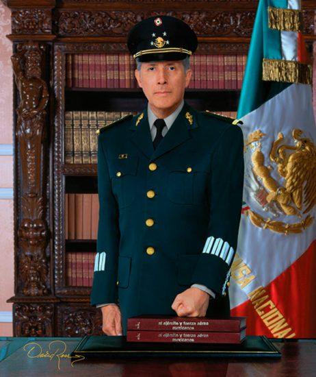 Gral. Clemente Vega - Secretario de la Defensa Nacional - David Ross - Fotógrafo de Servidores Públicos