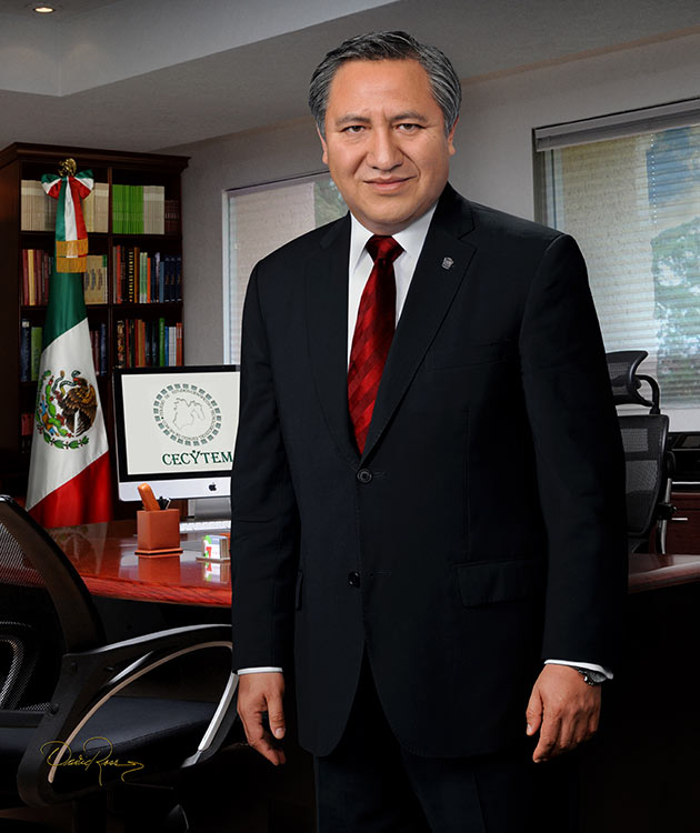 Guillermo Calderón Vega - Director General y Presidente del Comité CECYTEM - David Ross - Fotógrafo de Académicos