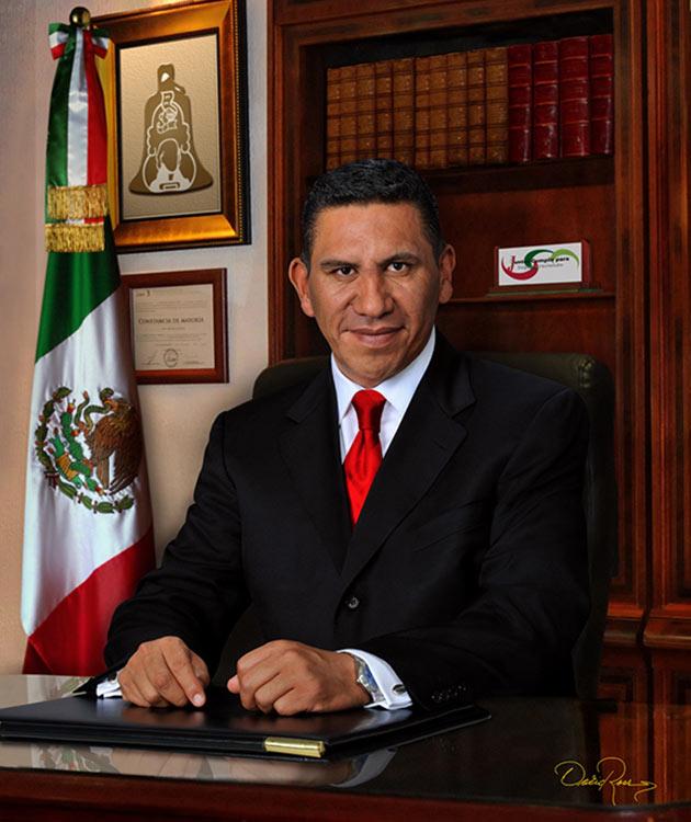 Javier Jerónimo Apolonio - Presidente Municipal de San Felipe del Progreso Estado de México 2000-2003 - David Ross - Fotógrafo de Presidentes Municipales
