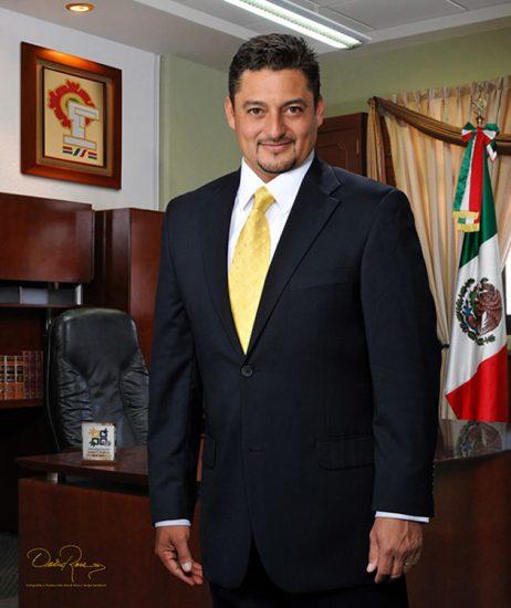 Jesús Sánchez Isidoro - Presidente Municipal de Valle de Chalco 2012-2015 - David Ross - Fotógrafo de Presidentes Municipales