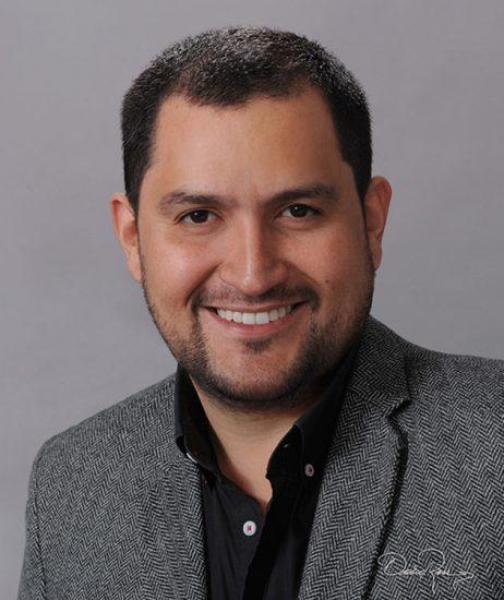 Luis Duque - Especialista en Opinión Pública y Mercadeo Político de la Pontificia Universidad Javeriana - David Ross - Fotógrafo de Consultores
