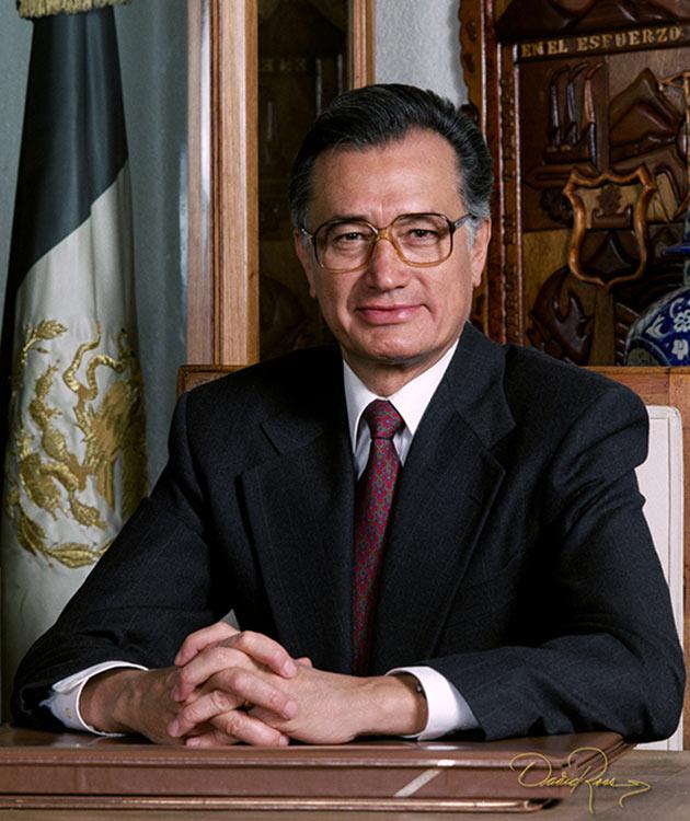 Manuel Bartlett Díaz - Gobernador de Puebla 1993-1999 - David Ross - Fotógrafo de Gobernadores