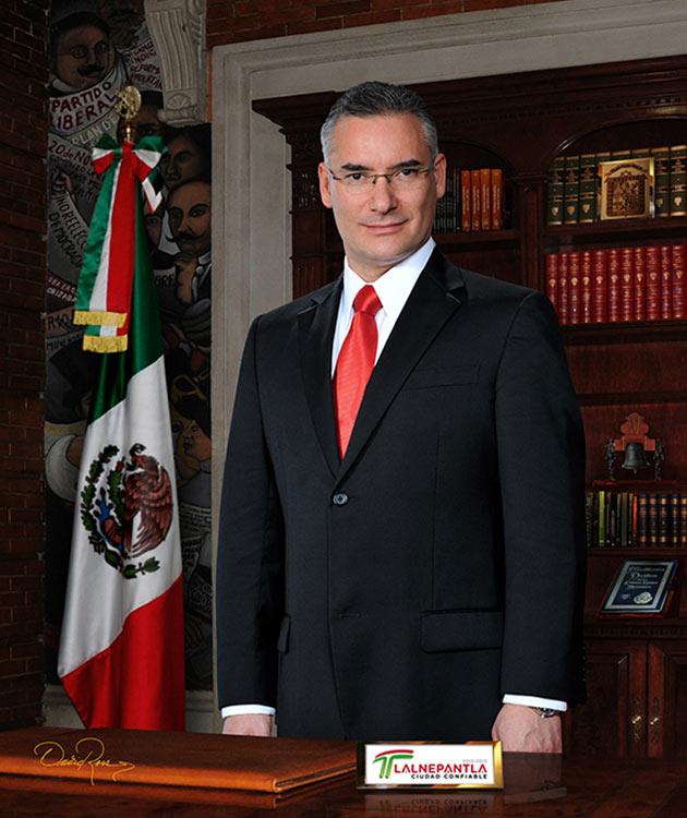 Pablo Basáñez García - Presidente Municipal de Tlalnepantla de Baz 2015-2018 - David Ross - Fotógrafo de Presidentes Municipales