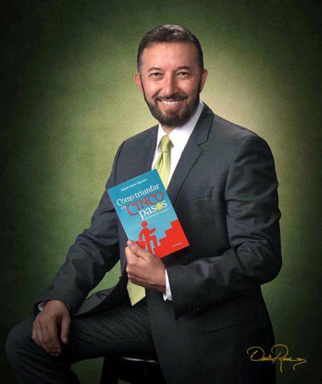 Rafael Limón - Escritor, Conferencista especializado en Motivación, Ventas y Liderazgo - David Ross - Fotógrafo de Escritores