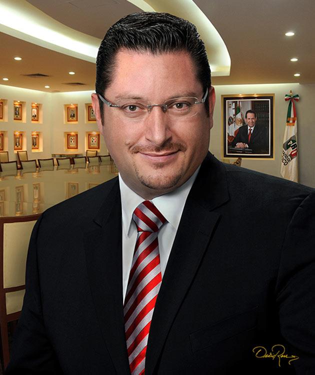 Raúl Domínguez Rex - Político mexicano, miembro del Partido Revolucionario Institucional - David Ross - Fotógrafo de Políticos