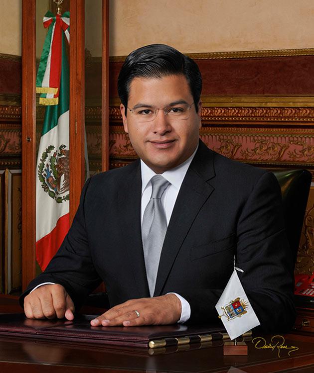 Sixto Alfonso Zetina Soto - Presidente Municipal de Irapuato, Guanajuato - David Ross - Fotógrafo de Presidentes Municipales