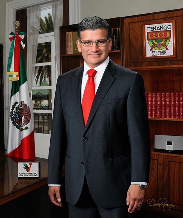 Víctor Manuel Aguilar Talavera - Presidente Municipal de Tenango del Valle 2013-2015 - David Ross - Fotógrafo de Presidentes Municipales