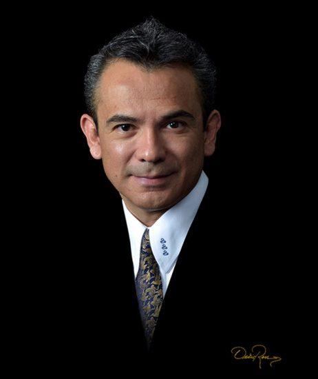 Víctor Vargas - Consultoría y Auditoría en Campañas Políticas - David Ross - Fotógrafo de Consultores