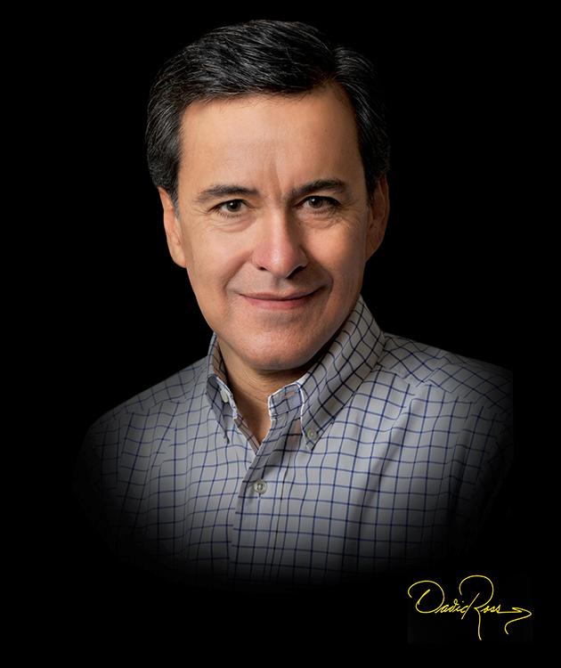 Luis Alberto Moreno Aznar El jefe de grupo del CIBEROBN - David Ross Fotógrafo de Empresarios.